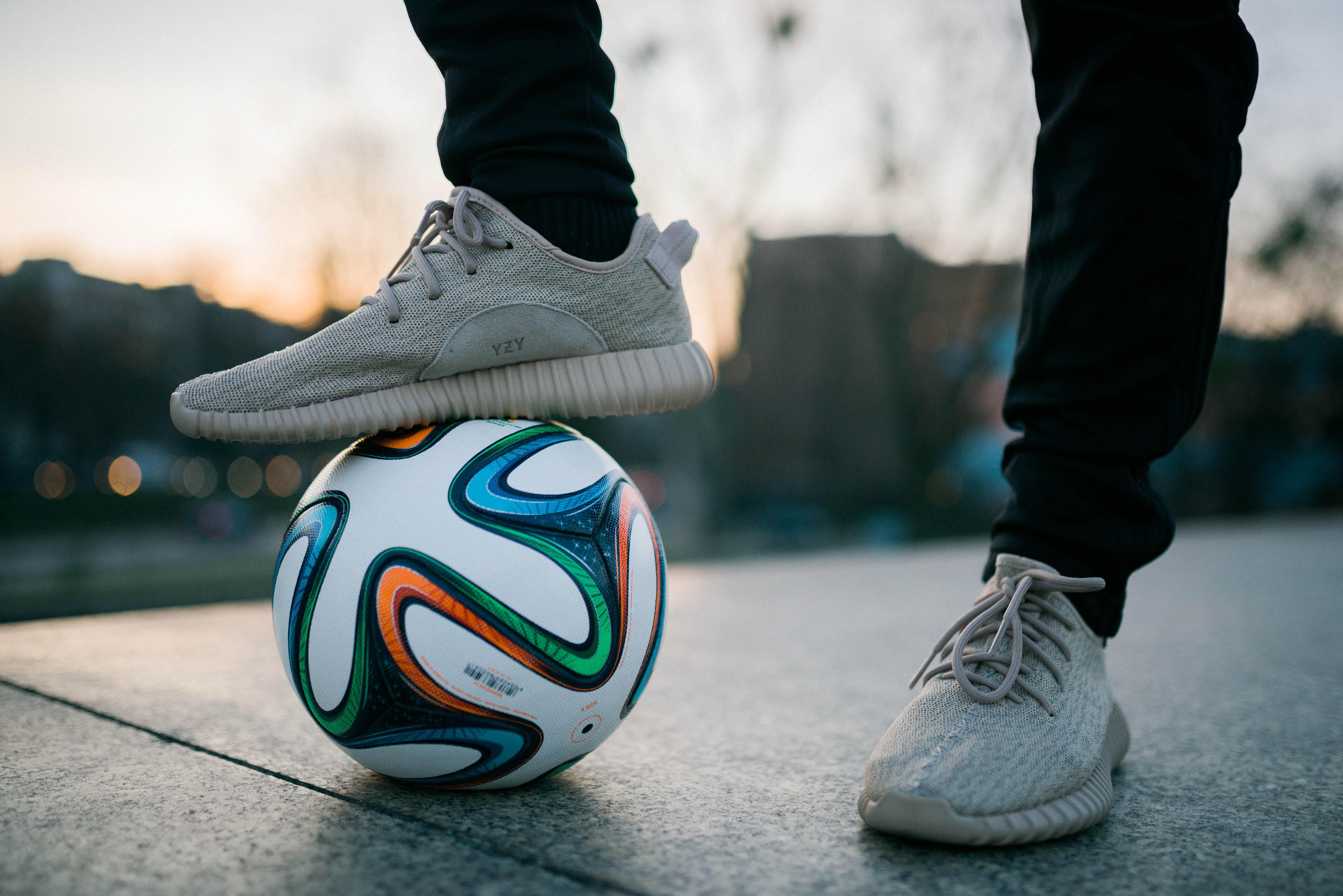 schuhe fußball yeezy