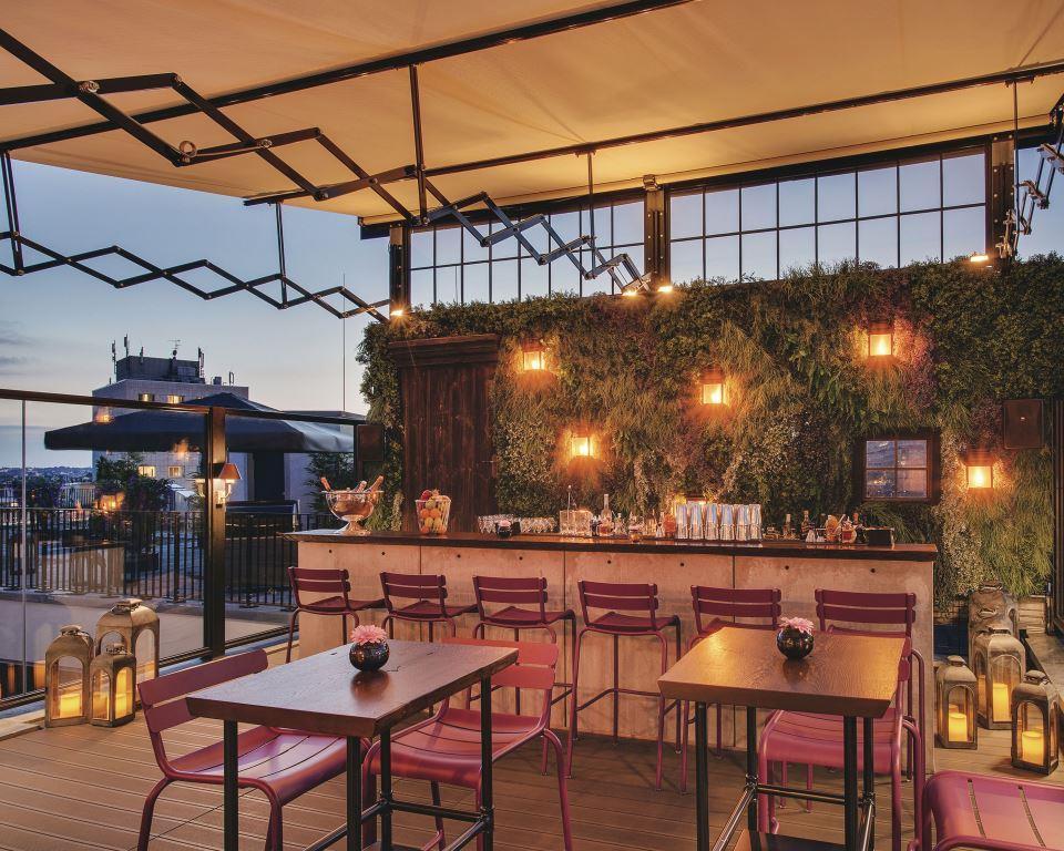 bar tipp berlin hotel zoo berlin rooftop willya magazinewillya magazine. Black Bedroom Furniture Sets. Home Design Ideas