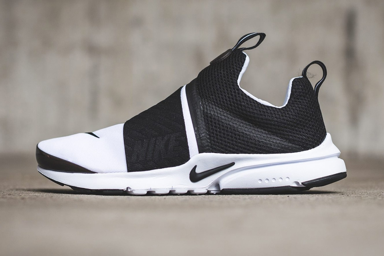 """Erhältlich ist der neue Nike Air Presto Extreme """"Black/White"""" ab sofort  online bei Titolo."""