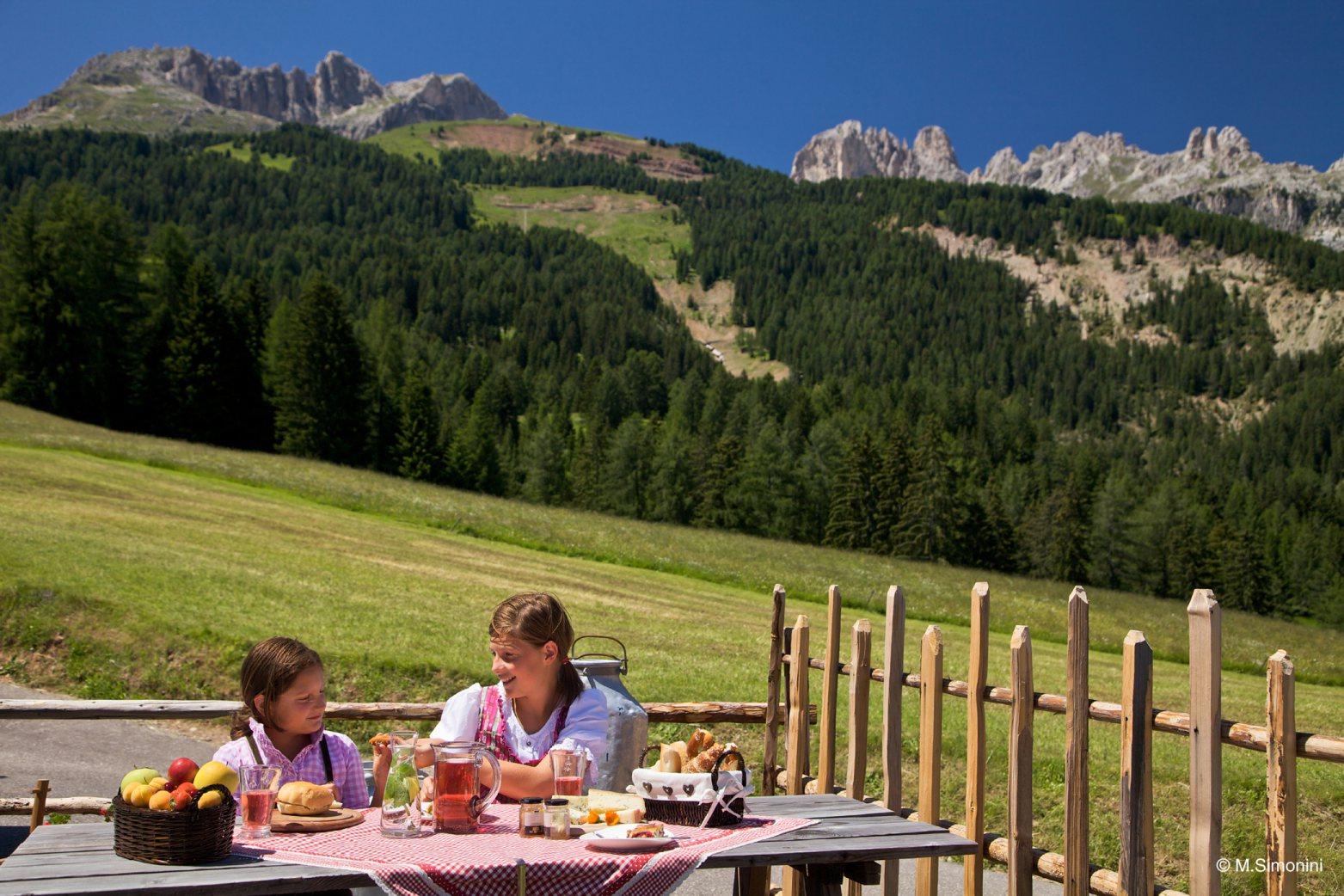 Outdoor Küche Wandern : Herbst im val di fassa: wandern und kulinarik willya